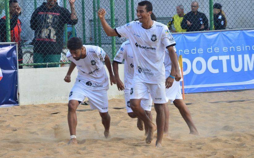Com jogos surpreendentes, Vitória Beach Soccer Cup define semifinalistas